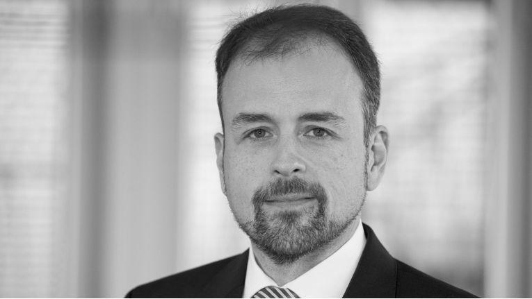 """Sebastian Steinfort, Leiter Business Intelligence bei Actineo: """"Mein Ziel ist es, die Digitalisierung im Unternehmen voranzutreiben und für unsere Kunden in der Versicherungsbranche Produkte für eine noch schnellere und kosteneffizientere Schadenregulierung zu entwickeln."""""""