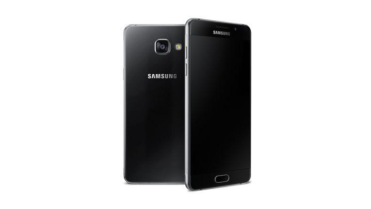 Das Design des Galaxy A5 2016 orientiert sich am Galaxy S6. Es ist recht unspektakulär, es ist eher schlicht und elegant - die Optik gefällt!