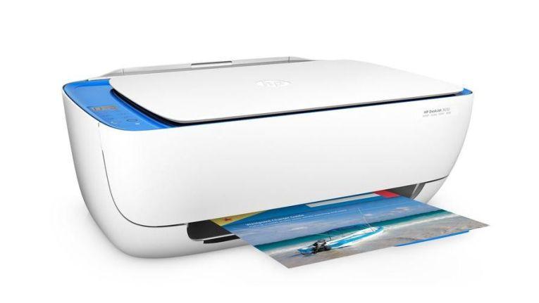 Als Variante gibt es das Modell mit blauem Scanbett und Bedienpanel als Deskjet 3633.