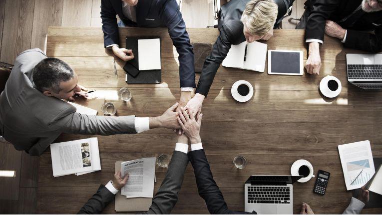 Moderne Collaboration-Tools unterstützen neue Formen der Zusammenarbeit und verändern grundlegende Verhaltensweisen und Einstellungen der Mitarbeiter.