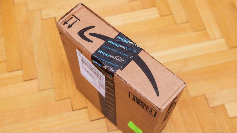 Amazon-Boten sollen künftig Haustüren mit einem Paket-Scanner aufschließen können, um die Waren direkt in die Wohnung zu stellen.