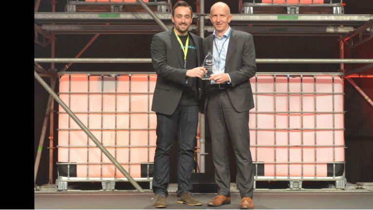 """CloudReach bekam von AWS 2017 den so genannten """"Market Transformation Award"""" überreicht."""