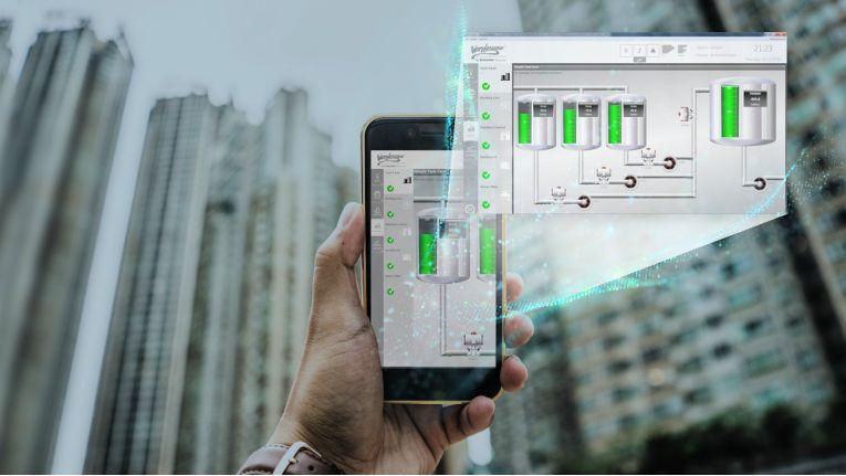 Schnelle und lückenlose Kontrolle über Betriebsabläufe und Kenndaten - auch mobil - fordern Kunden von Wonderware by Schneider Electric.