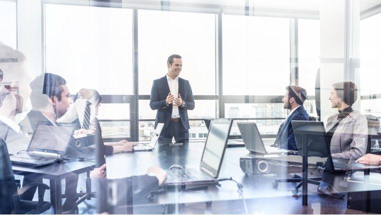 Führungskräfte haben eine Vorbildfunktion für ihre Mitarbeiter.