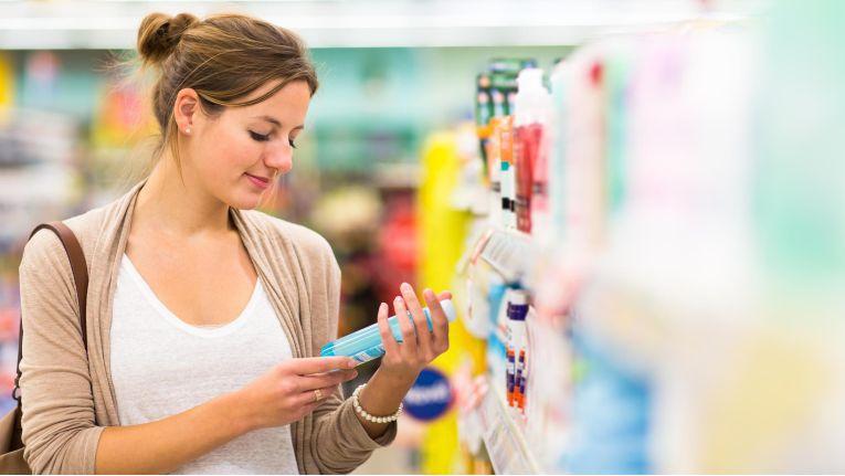 Geschäfte in Einkaufszentren und Fußgängerzonen dienen Kunden oft nur noch zum Stöbern und Entdecken. Ein guter Onlineshop bietet seinen Kunden diese Möglichkeiten.