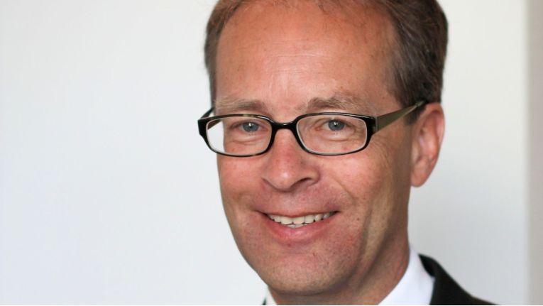 Alexander von Schweinitz, Vice President Schneider Electric Deutschland und Geschäftsführer der Merten GmbH, wechselt aus der Unternehmensleitung in den Aufsichtsrat.