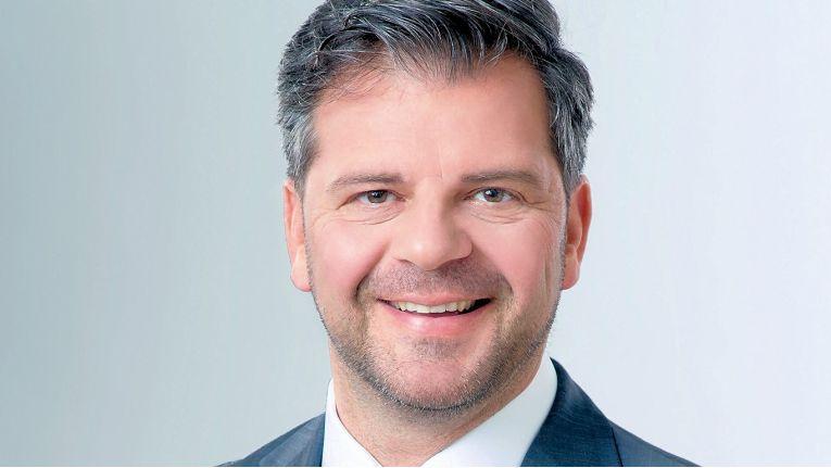 Christian Werner, CEO der Logicalis GmbH und selbst lange Jahre bei Oracle, freut sich über die Auszeichnung.