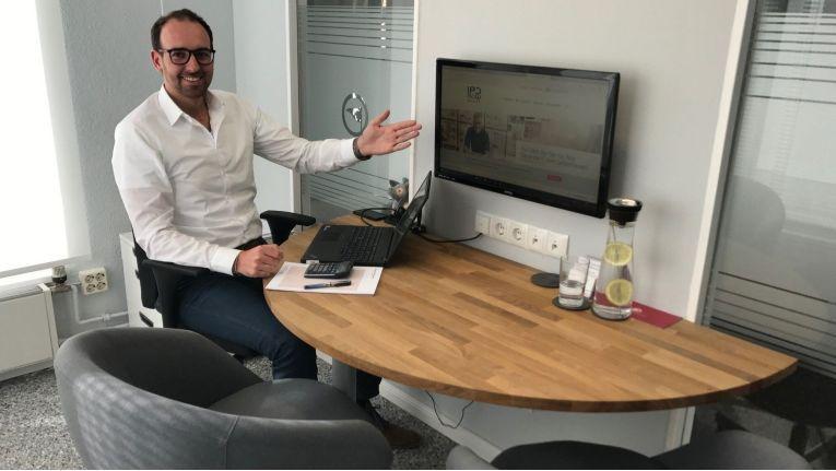 """Christian Voß, Gründer der KVS Baufinanzberatung: """"Die Freude darüber, Kunden zum neuen Heim zu verhelfen, blieb auf der Strecke."""""""