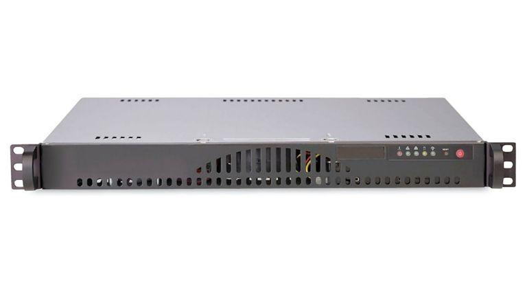 Die Bluechip Serverline 10000 - hier das Modell R11201s - ist als 19-Zoll-Variante sowie im Cube- oder Tower-Gehäuse verfügbar.