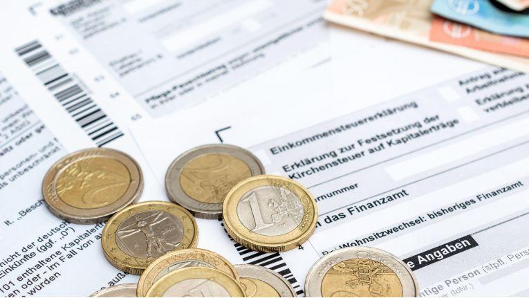Zum 1. Januar 2018 ist eine große Zahl an Änderungen im Steuer- und Sozialrecht in Kraft getreten.