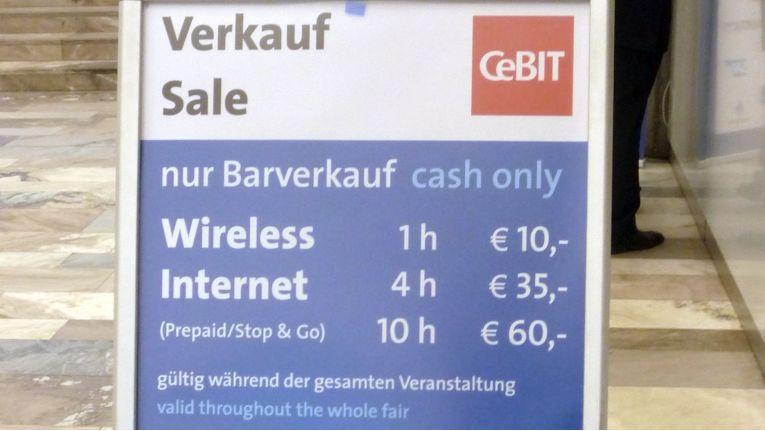Preise für den WLAN-Zugang auf der CeBIT 2012. Im folgenden Jahr waren sie immerhin auf 9, 30 und 50 Euro gesenkt worden.