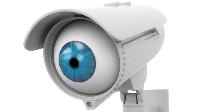 Wenn die eigene Kamera sich gegen ihren Besitzer wendet: In manchen smarten Kameras stecken teils gravierende Sicherheitslücken.