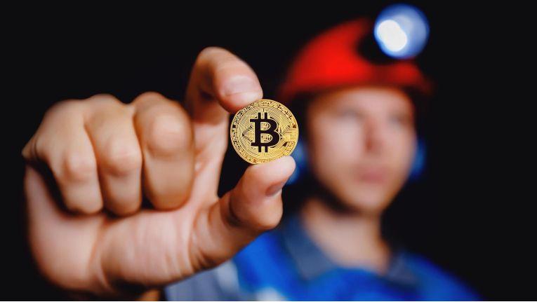 Das heimliche Schürfen nach Bitcoins und Moneros steht bei Cyber-Kriminellen derzeit hoch im Kurs.