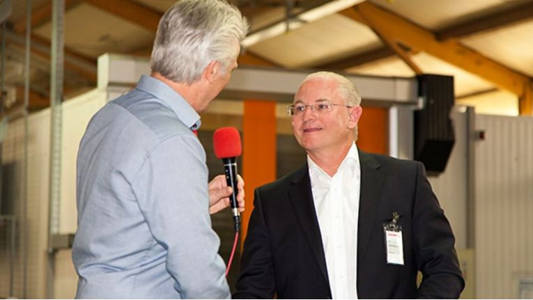 Rolf Unterberger (rechts) folgt auf Manfred Schöttner und wird neuer Geschäftsführer der Cherry Gruppe.