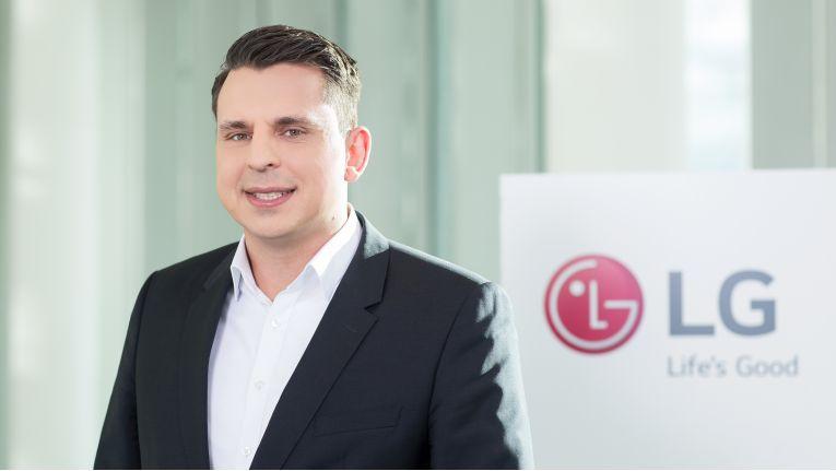 """""""Neben der Darstellungsqualität ist die Ergonomie der wichtigste Aspekt bei Business-Monitoren""""', Kai Volmer, Team Leader Verticals Information System Products bei LG."""