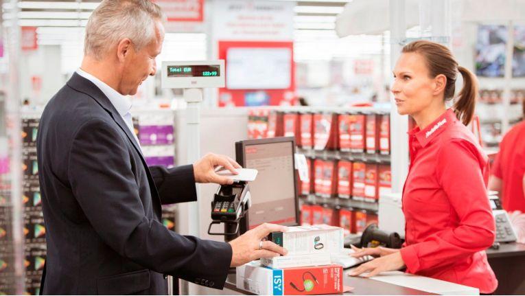In allen Media Markt und Saturn Filialen können Kunden ab sofort mit Google Pay bezahlen