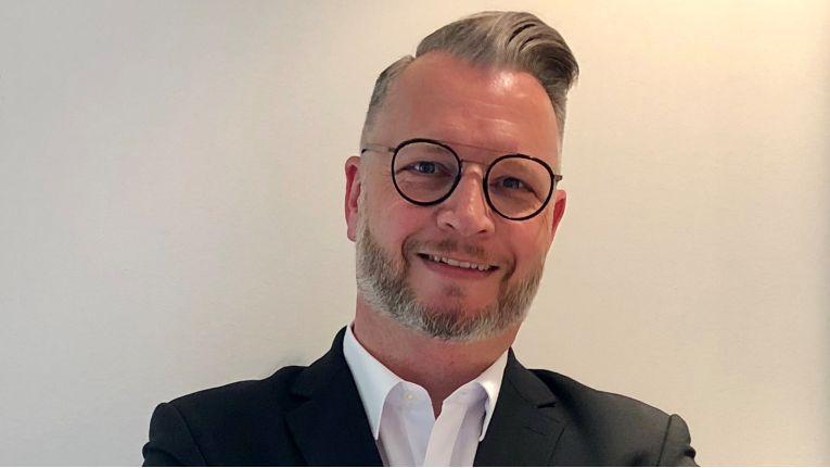 Der Sahara-Sales-Manager Wilfried Tollet ist für die Vermarktung und den Vertrieb der Eigenmarke Clevertouch im deutschsprachigen Raum verantwortlich.