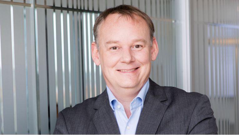 """""""Kunden sind nicht mehr in die AWS-Cloud eingesperrt"""", erklärt Martin Niemer, Director Accelerate Advisory Services CEMEA bei VMware, den praktischen Nutzen der technischen Zusammenarbeit mit T-Systems."""