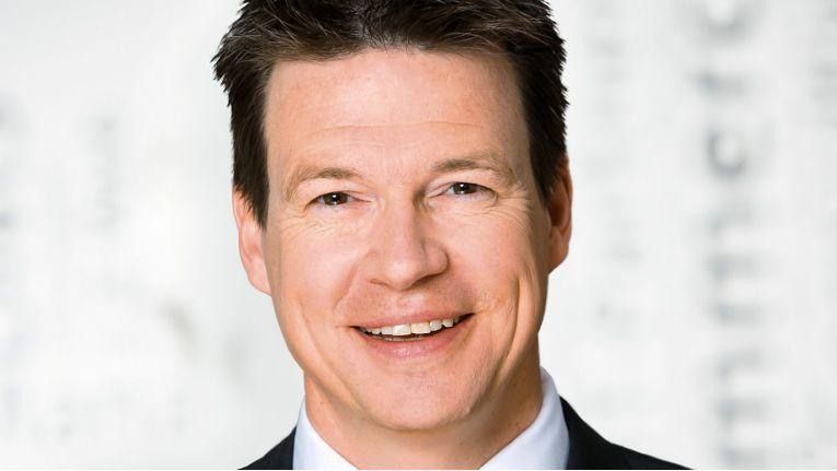 Ingo Ax, Head of Customer Engagement & Commerce bei Arithnea, ist stolz auf die Auszeichnung durch die SAP.
