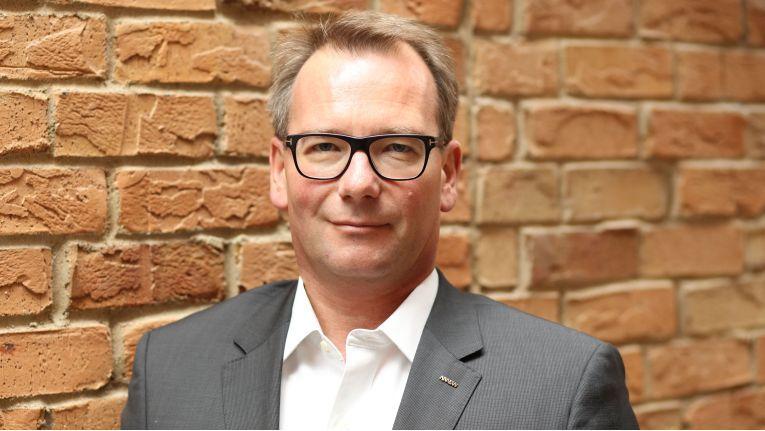 """""""Anwender haben keinen Bedarf, sich an eine IoT-Plattform eines Herstellers zu binden"""", weiß Paul Karrer, Director IoT bei Arrow ECS für EMEA."""