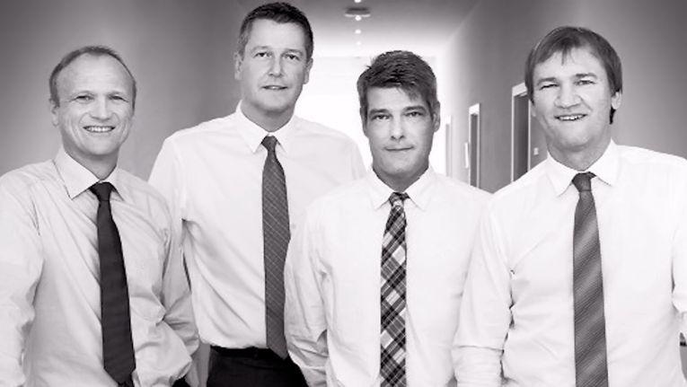 Auf dem Archivbild von der SNS-Übernahme aus dem Jahr 2016 sieht man von links: Christian Skala, Vorstandsvorsitzender von Scaltel, René Raumanns und Matthias Müller, Geschäftsführer SNS-Systems GmbH und Joachim Skala, Vorstand bei der Scaltel AG.
