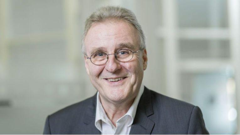 Jürgen Dieterich, Senior Sales Manager bei Softengine und gotmaxx, demonstriert, was Systemhäuser noch so alles für ihre Kunden tun können.