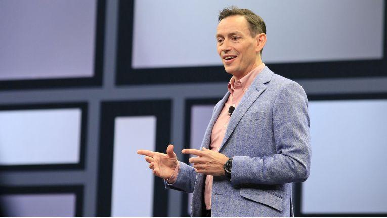 """Paul Hunter, Leiter des globalen Partnervertriebs bei bei Hewlett Packard Enterprise: """"Durch die verstärkte Ausrichtung auf schnell wachsende Marktsegmente werden Partner mehr verdienen, und sie werden mit neuen Schulungen und Kompetenzen ihre Fähigkeiten verbessern, Lösungen in Zukunft effektiver verkaufen zu können."""""""