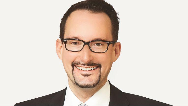 Armin Heigl, Director Software bei Axians Deutschland, betreut derzeit IBM Watson Build, das die Entwicklung von KI-Lösungen in der IBM-Cloud fördert.
