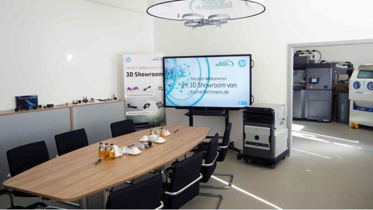 In einem Showroom auf rund 100 Quadratmetern zeigt Druckerfachmann.de Produkte und Dienstleistungen rund um die Additive Fertigung.