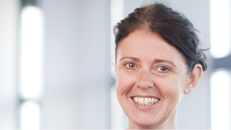 """Isabel Blank,Geschäftsführerin bei der Haufe Group: """"Die Einbindung der Kontist-Schnittstelle ist für uns der perfekte Startschuss für tiefgreifende Integrationen mit Mobile-Banking-Anbietern."""""""