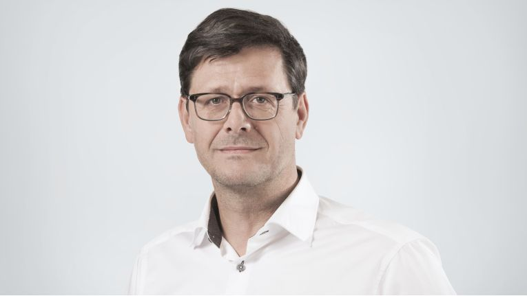 """""""Die Patentierung ist für uns gleichzeitig Ansporn, auch nach über 25 Jahren Erfahrung im Bereich E-Mail-Sicherheit, unsere Services 'Made in Germany' intensiv weiterzuentwickeln"""", verspricht Martin Hager, Gründer und Geschäftsführer von Retarus."""