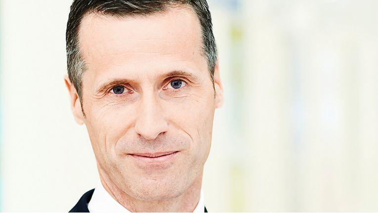 Dr. Thomas Olemotz, Vorstandsvorsitzender der Bechtle AG, ist sich sicher, dass der neue Zukunftsentwurf für das Unternehmen Orientierung und Antrieb bietet.