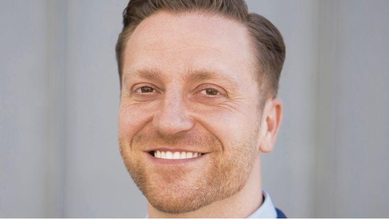 Christian Biehl, Geschäftsführer bei ACP Mainz, schätzt die Kombination von breiter IT-Strategie und langjähriger Erfahrung.