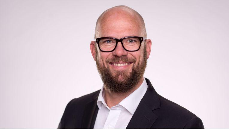 """Syslogixx-Gründer Troy Rass: """"Die Cema-Gruppe mit ihren zentralen Services wie E-Procurement, Managed Services und Cloud eröffnet uns direkt neue Wachstumsperspektiven ohne selber investieren zu müssen."""""""