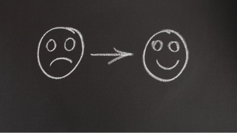 Im Netz fallen die Bewertungen der Arbeitgeber nicht immer positiv aus. Unternehmen müssen sich dessen bewusst sein und konstruktiv mit der Kritik umgehen, um ihr Image aufzupolieren.