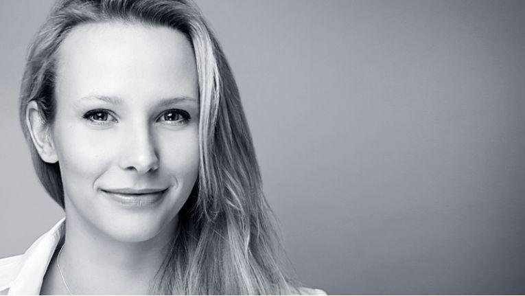 Franziska Michalczik: Ausbildung und Erfahrung helfen mir, Kunden Vor- und Nachteile verschiedener Strategien zu erläutern und gemeinsam deren erfolgreiche digitale Transformation zu gestalten.
