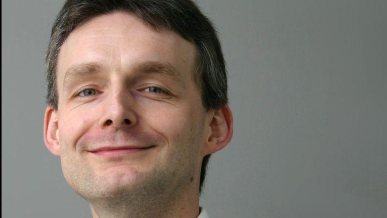 Kim Lauenroth, Adesso, setzt er sich für die Etablierung des Digital Design als neue Profession für die Digitalisierung ein.