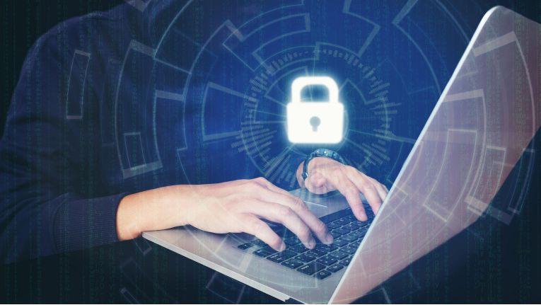 Der Beruf des System Engineers für Cybersecurity hat angesichts der ständigen Bedrohungslage für Unternehmen beste Zukunftsaussichten.