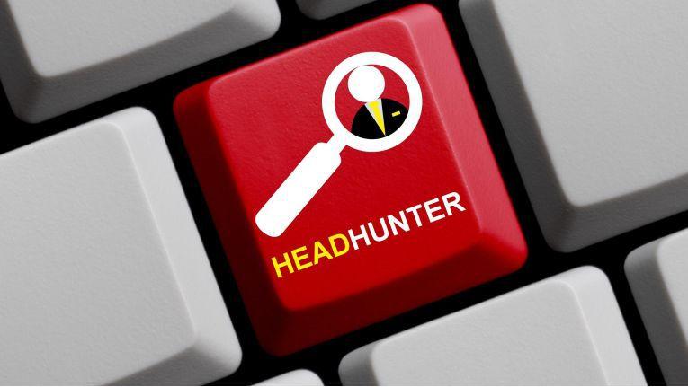 Von Headhuntern angesprochene Kandidaten sollten prüfen, ob es sich um ein seriöses und etabliertes Beratungsunternehmen handelt.