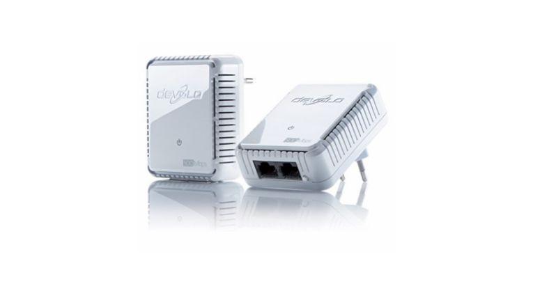 Powerline-Winzling: die Adapter des devolo dLAN 500 duo Starter Kit sind in der Fläche kaum größer als eine Steckdose.