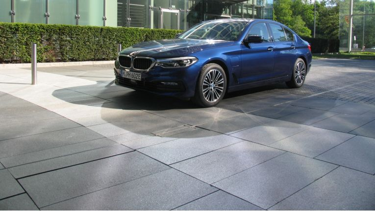 Teilzeitstromer: BMW 530e iPerformance