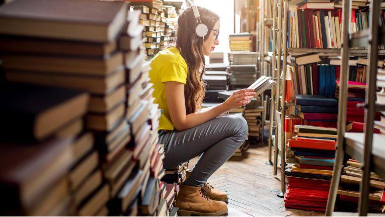 Wenn es in den eigenen Wänden mal zu viele Bücher werden, locken Internetplattformen mit dem Ankauf.