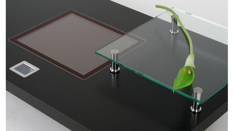 Blickfang fürs Wohnzimmer: der Couchtisch-Computer von CSE.