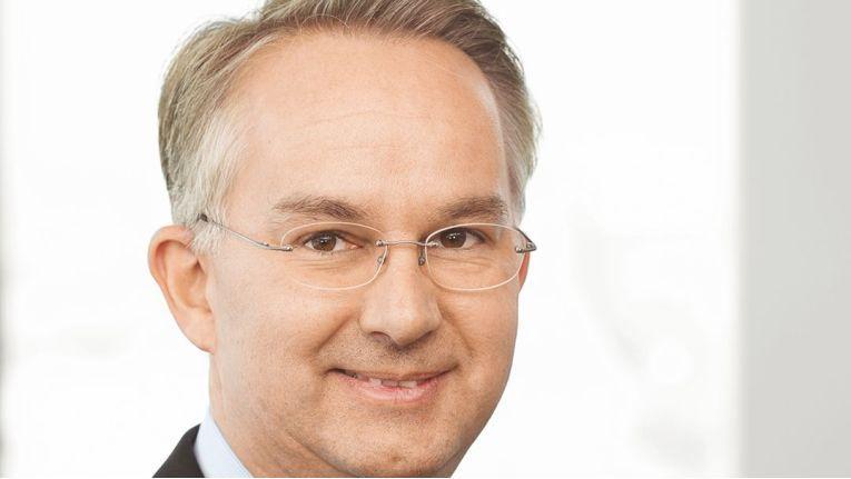 Cancom-Vorstandsvorsitzender Klaus Weinmann will mittelfristig die Umsatzmarke von einer Milliarde Euro knacken.