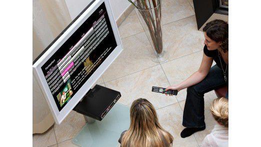 konvergenz von tv und web was ist hybrid tv. Black Bedroom Furniture Sets. Home Design Ideas