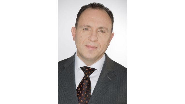 Als Director IT Cluster verantwortet Roland Schweyer seit November 2010 den gesamten IT-Bereich bei Samsung.