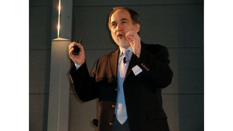 Fujitsu-CTO Joseph Reger erwartet für dieses Jahr den Umbruch in der Business-IT hin zu Cloud Services.