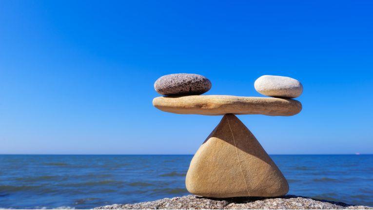 Wer sich richtig entspannen will, sollte darauf achten, dass Körper und Seele im Gleichgewicht sind.