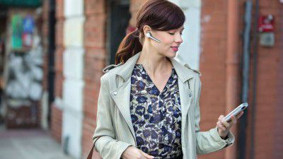 Plantronics Voyager Edge: Highend-Bluetooth-Headset im Test - Foto: Plantronics
