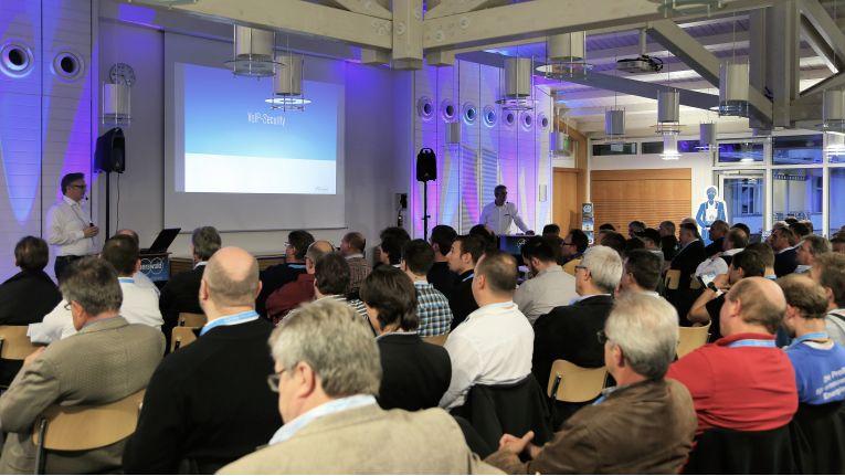Auerswald Newstour 2014: IP-Fokus zum Jahreswechsel angekündigt.